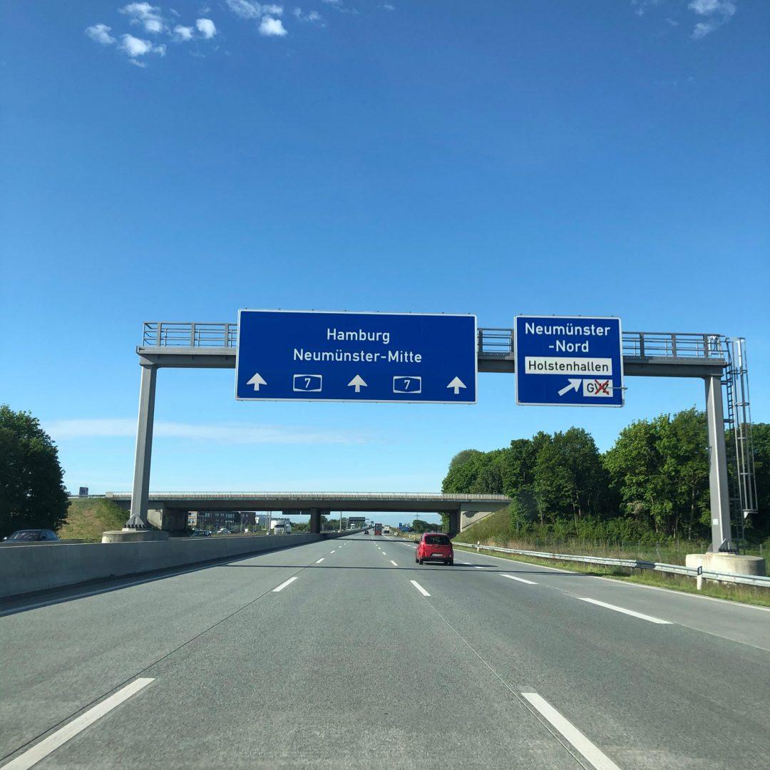 Auf der Autobahn zu schnell gefahren und geblitzt worden?